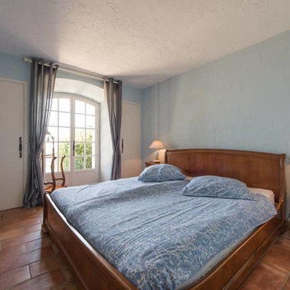 2. Schlafzimmer mit Meerblick.Dt. Bettgrösse mit Überlänge: 1.80m x 2.10m mit 2 Matratzen